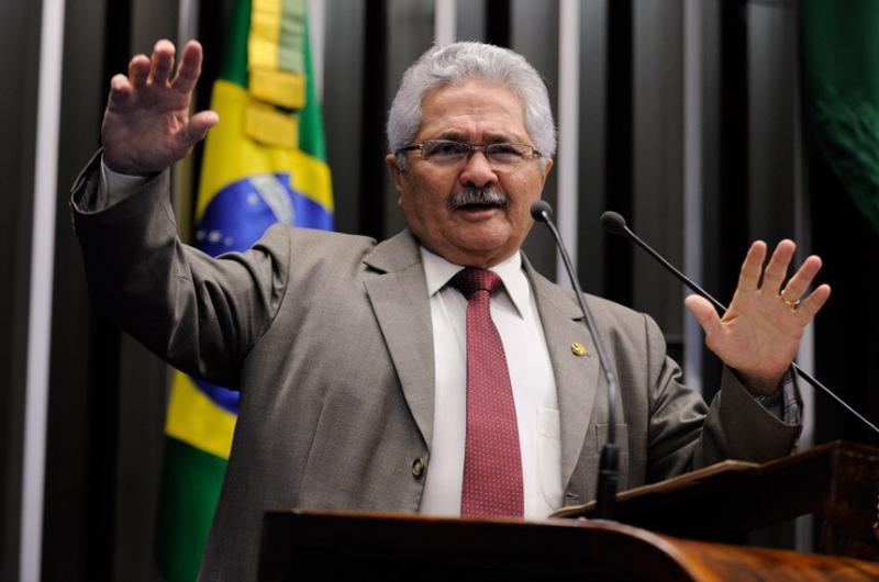 Senador Elmano Férrer apresenta PEC para adiar eleições de 2020