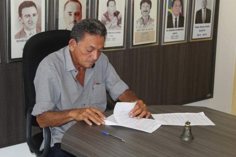 Gil autoriza a concessão de promoção e progressão dos servidores da Administração e Saúde de Picos