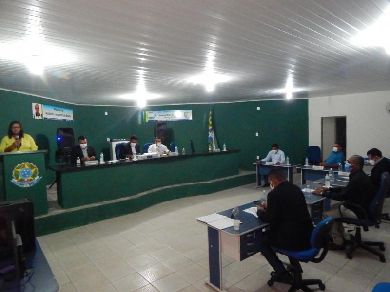 Câmara de Vereadores de Cristino Castro realiza sétima sessão ordinária do ano