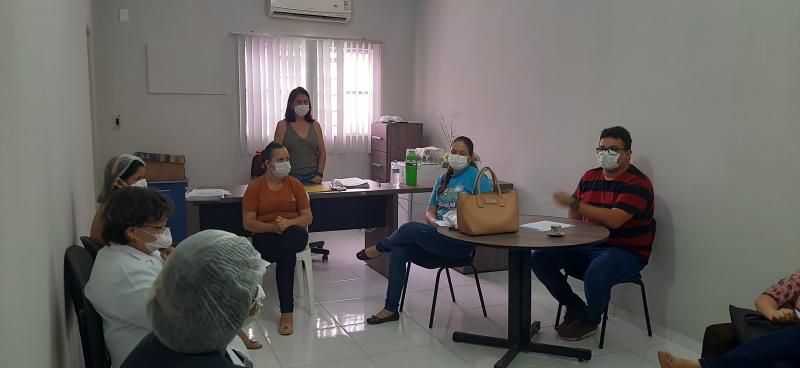 Reunião discute ações de prevenção ao coronavírus em Valença do Piauí.