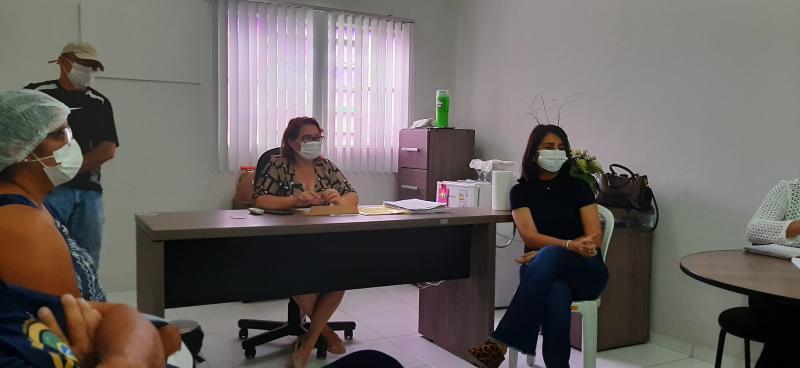 Reunião com os Coordenadores sobre  ações de prevenção ao coronavírus em Valença do Piauí.