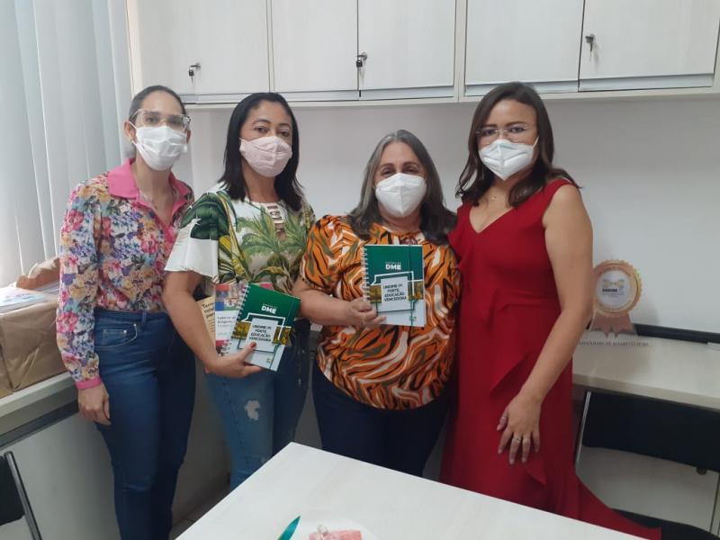Secretária de Educação de Santa Luz Ildene faz visita na UNDIME-PI
