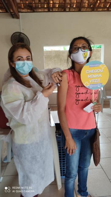 Prefeitura de Santa Luz inicia vacinação contra Covid-19 para profissionais da educação