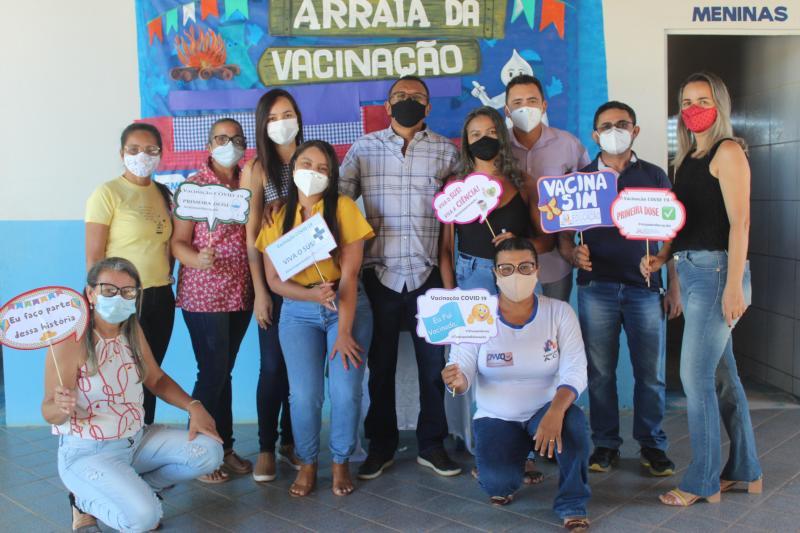 """""""Arraial da Vacinação"""" aconteceu neste sábado (12) em Eliseu Martins"""