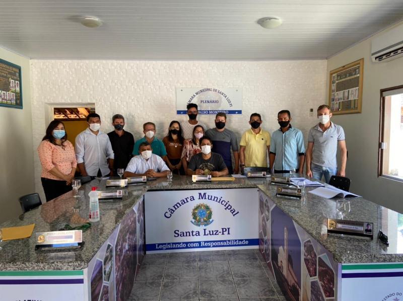 Estádio Municipal de Futebol de Santa Luz ganhará o nome do saudoso Israel Martins Leal Neto