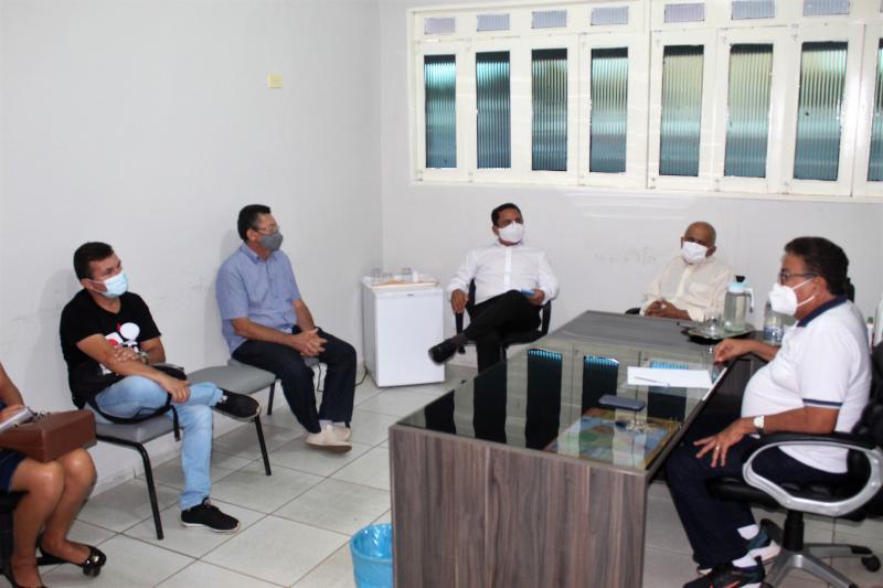 Prefeito de Colônia do Gurgueia realizou reunião com os Secretários Municipais