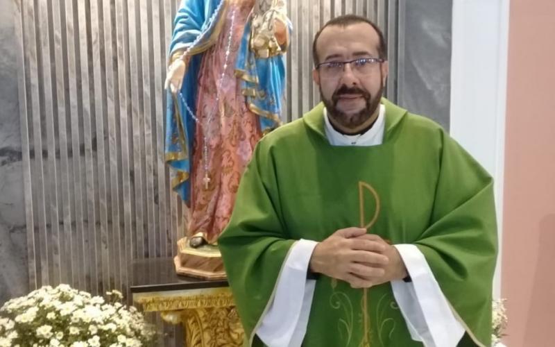 PADRE É PRESO SUSPEITO DE ESTUPRO CONTRA JOVEM EM NOVA CRIXÁS