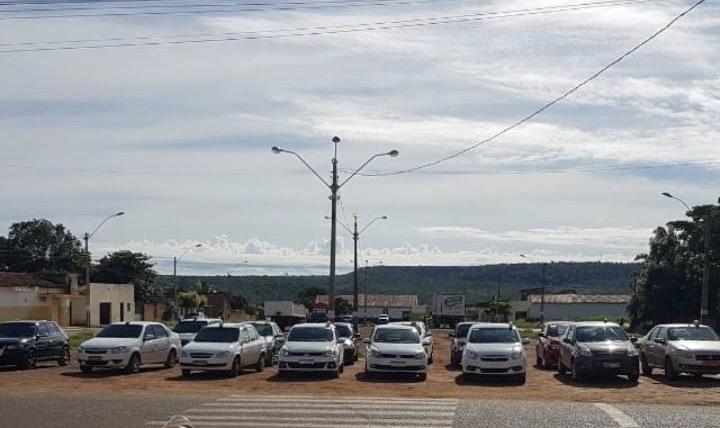 Taxistas agradeceram prefeito pela normatização do serviço em Uruçuí