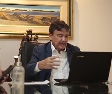 Wellington Dias faz novo apelo para que população: 'pelo amor de Deus fica em casa'