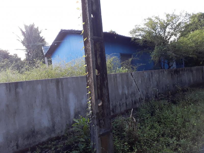 Escolas nucleadas pela Prefeitura de União é  tomada por matos