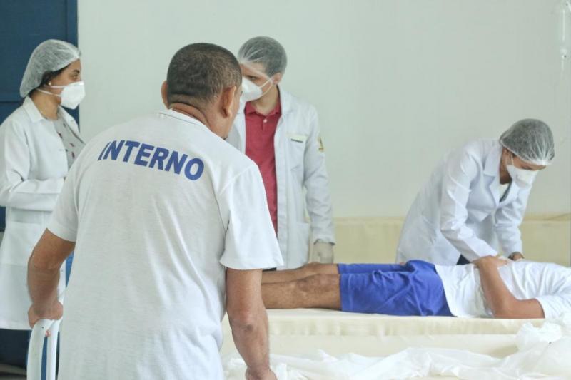 Cinco detentos da Cadeia Pública de Altos recebem alta médica