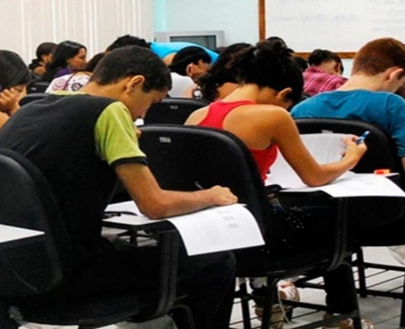 União Enem : A iniciativa ajuda estudantes de baixa renda que foram afetado pela suspensão das aulas