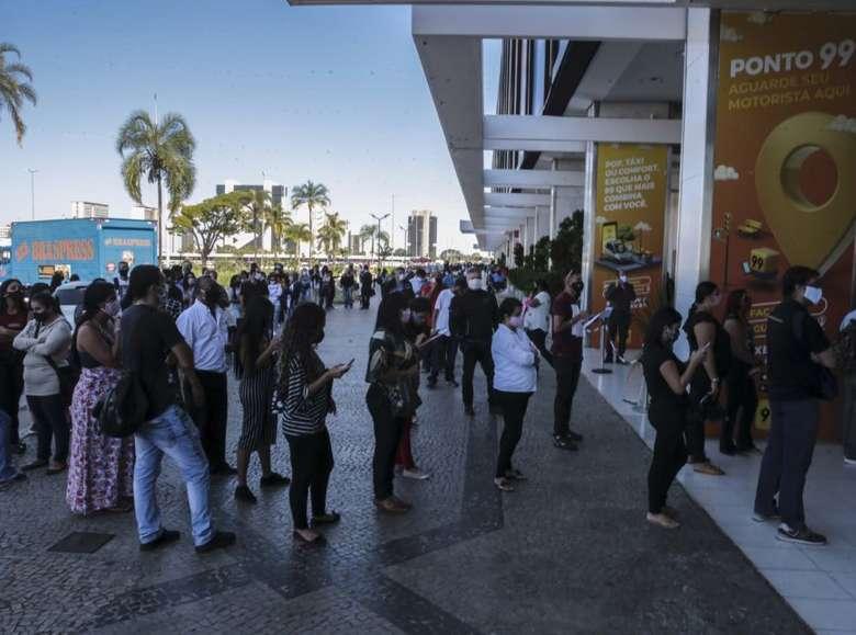 Brasil já tem 211 shoppings abertos em 14 estados, diz associação