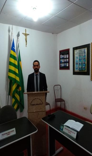 Vereador Adonias Filho (PP) apresenta requerimento solicitando implantação de 40% de insalubridade.