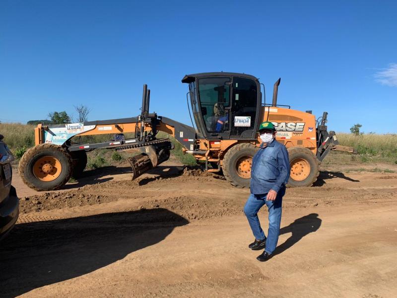 Dr. Wagner Coelho visita obras que estao sendo construídas em Uruçuí