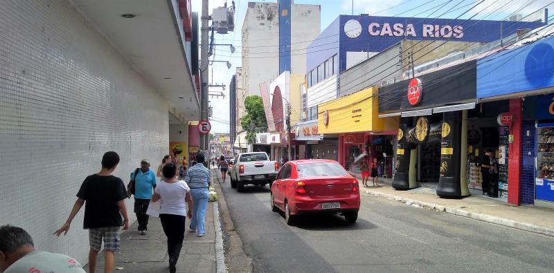 Mais de 50% da população é favorável à retomada das atividades não essenciais no Piauí
