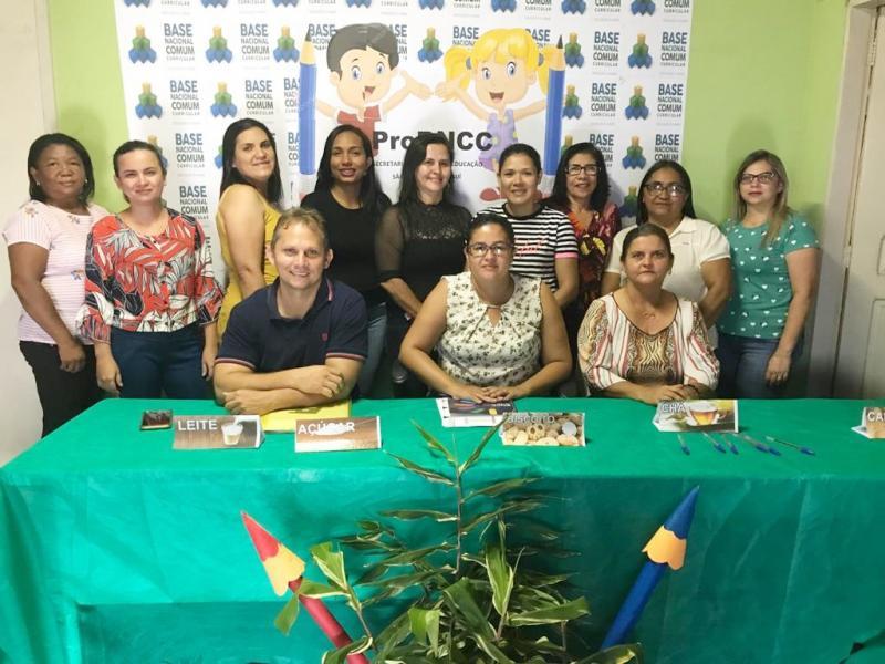 São Gonçalo Piauí |Secretaria Municipal de Educação promove formação sobre BNCC