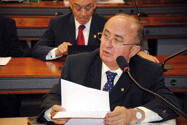 Deputado federal do Piauí Júlio César testa positivo pra Covid-19