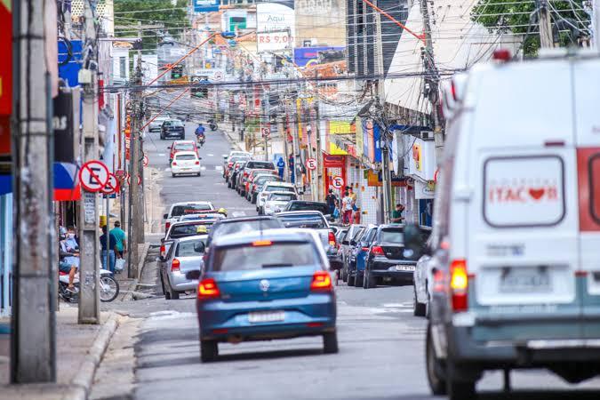 Restrição na circulação de veículos no Centro inicia nesta segunda-feira (13)