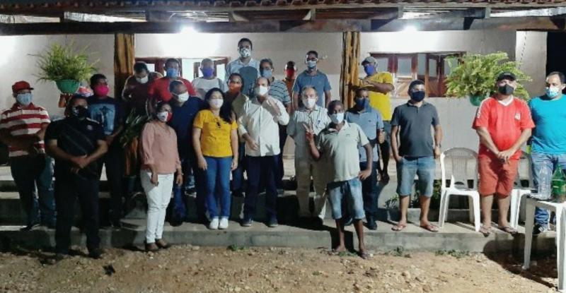Reunião de grupos de oposição definem candidatura a prefeito de Parnarama