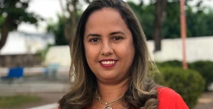 Karyne anuncia mais de 1,5 tonelada de peixe para Cocal de Telha
