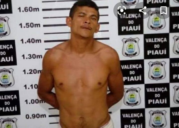 Prisão em flagrante de um suspeito pelo cometimento de furtos em Valença.