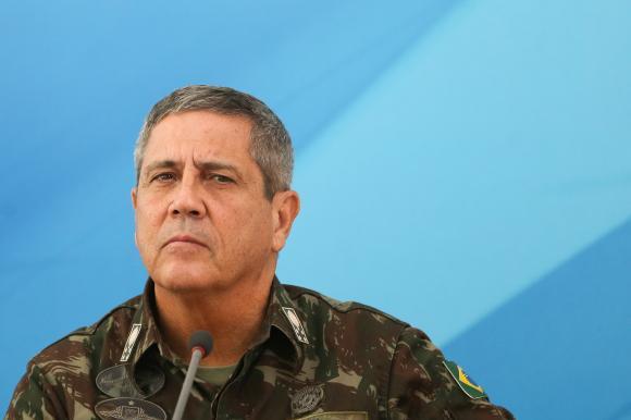 Braga Netto é o sétimo ministro do governo Bolsonaro a contrair coronavírus