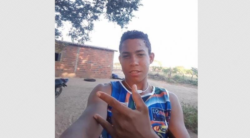 Tragédia! Adolescente e criança morrem após caminhonete capotar no sul do Piauí