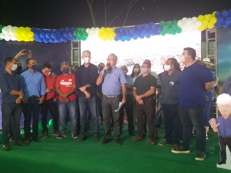 Mauro Almeida lança candidatura à Prefeito de Palmeirais
