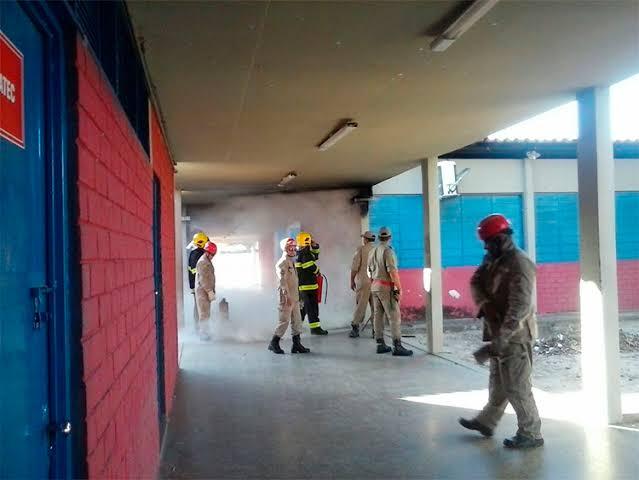 Incêndio atinge escola pública na zona Norte de Teresina