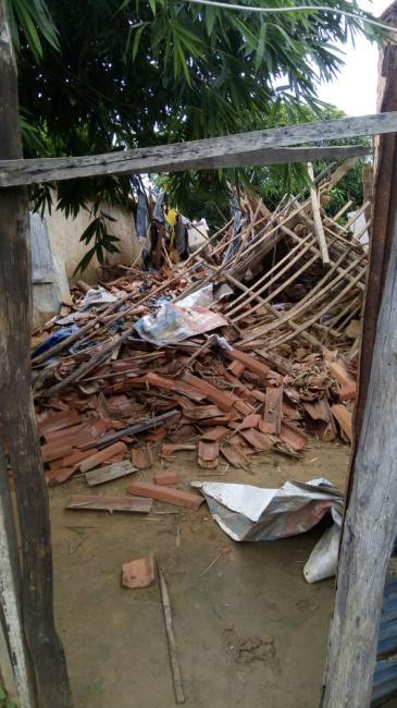 Casa desaba e idoso é soterrado no momento em que dormia em Teresina