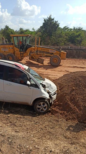 Motociclista morre após ser 'arremessado' por veículo na BR-316 em Teresina