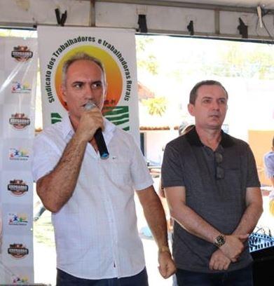 Prefeito Oscar Bandeira e Sec. Murilo Bandeira confirmam reajuste do piso nacional do magistério.