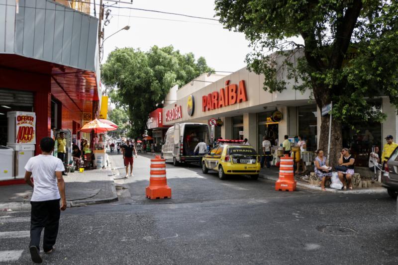 Comércio do Centro e bairros deve funcionar nesta segunda-feira em Teresina