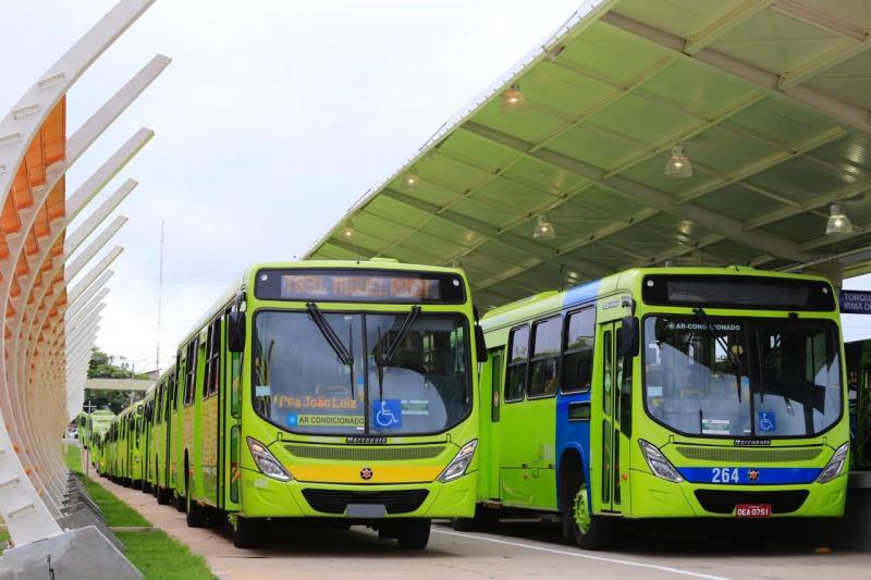 Justiça determina suspensão da greve dos motorista de ônibus em Teresina