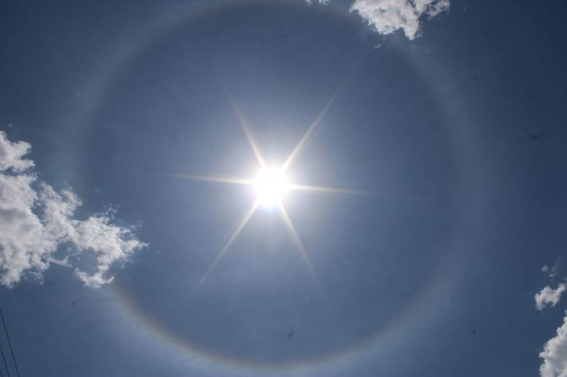 Circulo solar deixa céu mais belo em São João da Serra