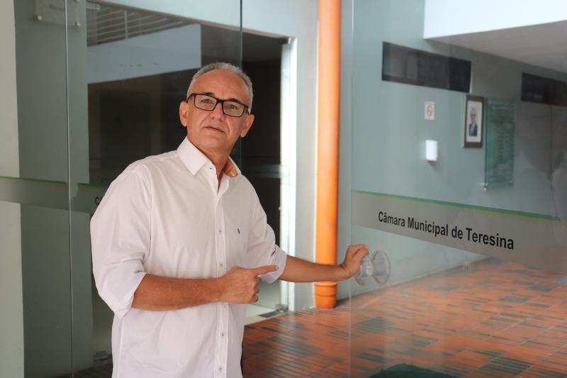 Messias Júnior vai dividir mandato com co-vereadores em Teresina