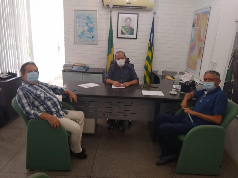 Dr. Wagner Coelho visita Setrans para falar do aeroporto de Uruçuí