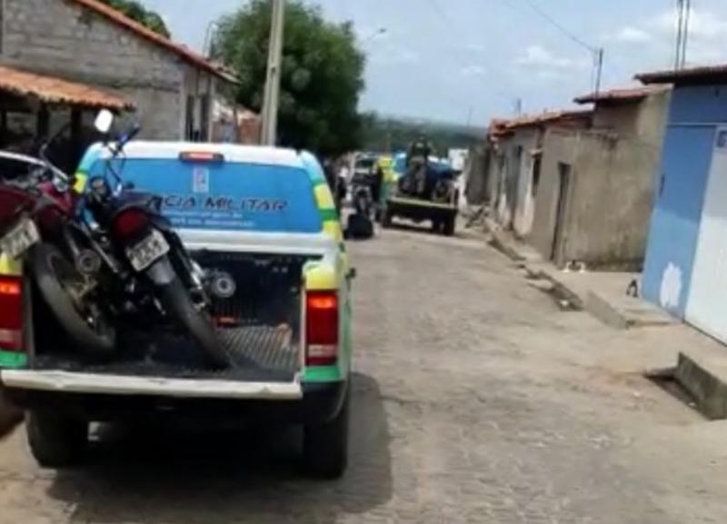 Polícia encontra peças de motos e suspeita de desmanche na Zona Sul de Teresina