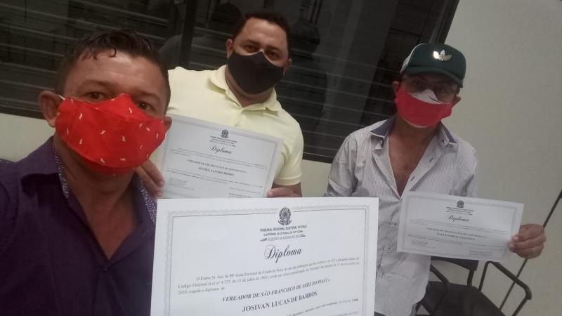 Vereadores de oposição do município de São Francisco de Assis do Piauí são diplomados em 17/12/2020