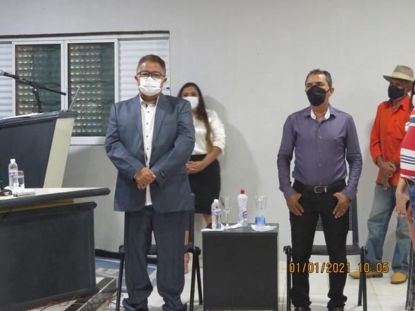 Prefeito Raimundo José Crispim toma posse em Colônia do Gurgueia