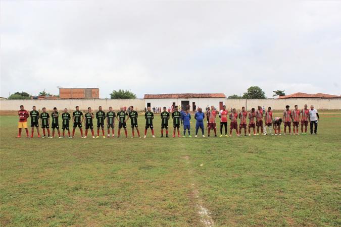 """1ª """"PENEIRA DE FUTEBOL"""" foi realizada em Colônia do Gurgueia  com os jovens atletas do sul do Piauí"""