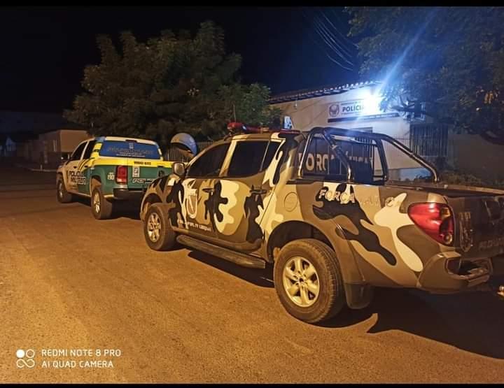 Polícia Militar prende suspeitos de homicídio, tráfico e posse ilegal de arma de fogo em Elesbão Vel
