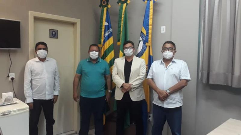 Prefeito Raimundo José Crispim esteve reunido com o Presidente da APPM