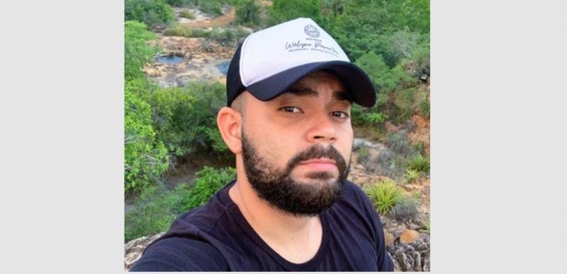 Jovem morre após sofrer descarga elétrica enquanto usava celular na tomada no Piauí
