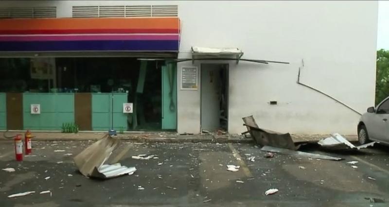 Criminosos explodem cofre de posto de combustíveis na Zona Sudeste de Teresina