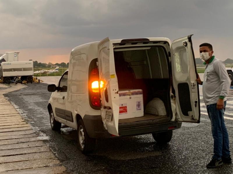 Piauí recebe mais 11 mil doses da CoronaVac para imunizar profissionais de saúde