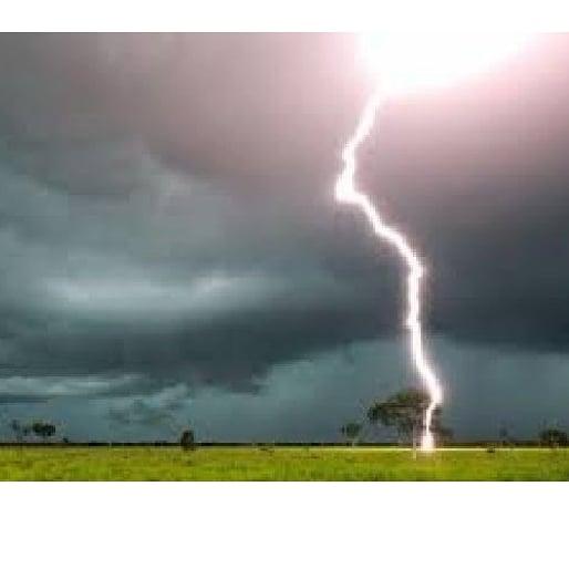 Homem morre ao ser atingido por um raio na  zona rural de união.