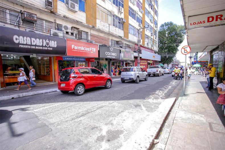 Novo decreto começa a valer no Piauí; veja o que fecha mais cedo