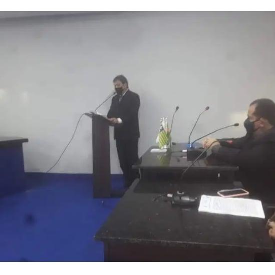 Prefeito Gustavo Medeiros apresentou mensagem do executivo, durante o início do Ano Legislativo.